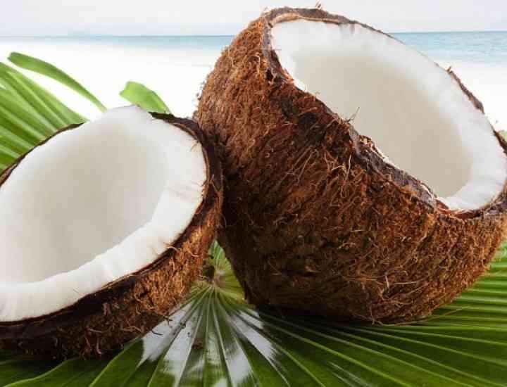 Cum putem fi mai frumoase datorită uleiului de cocos
