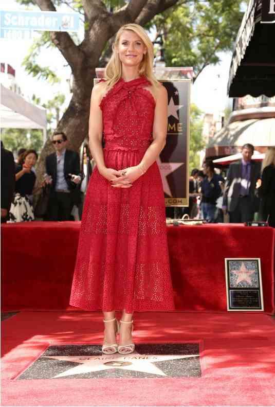 claire danes rochie rosie