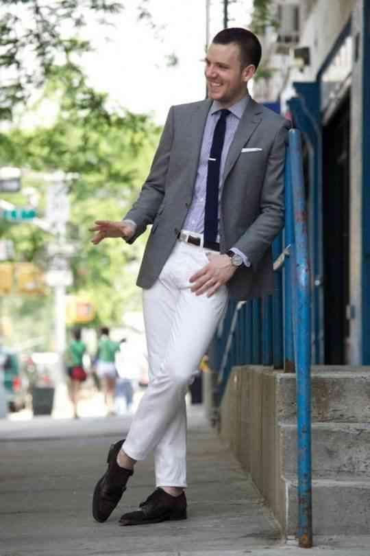 combinare pantaloni albi barbati 2016
