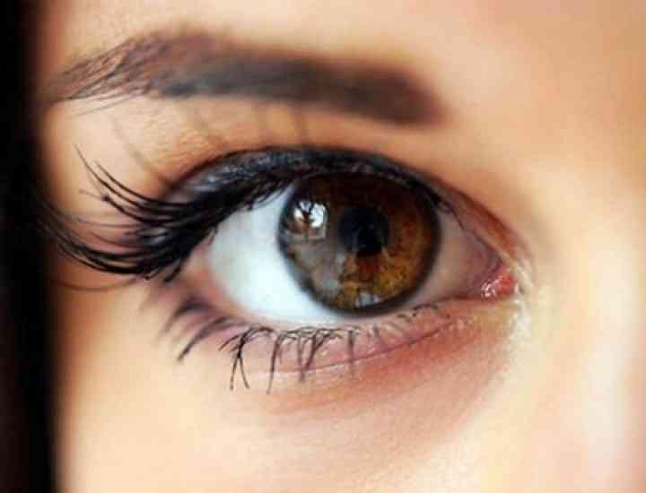 Trucuri de machiaj pentru ochii căprui