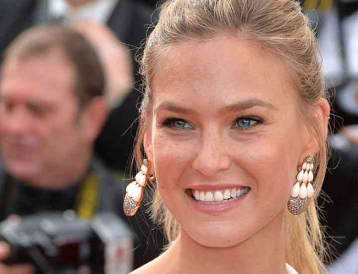 Sfaturi de frumusețe facială începând cu vârsta de 30 de ani