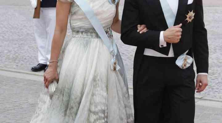 """Și prințesele se îmbracă """"low cost"""""""