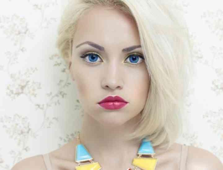 Idei de evidențiere a ochilor albaștri cu ajutorul machiajului