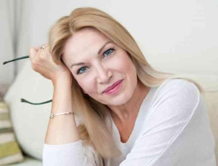 Cum să te machiezi după vârsta de 50 de ani