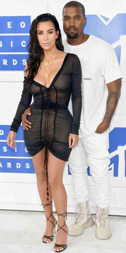 Kim Kardashian in Jhon Galliano and Kanye West