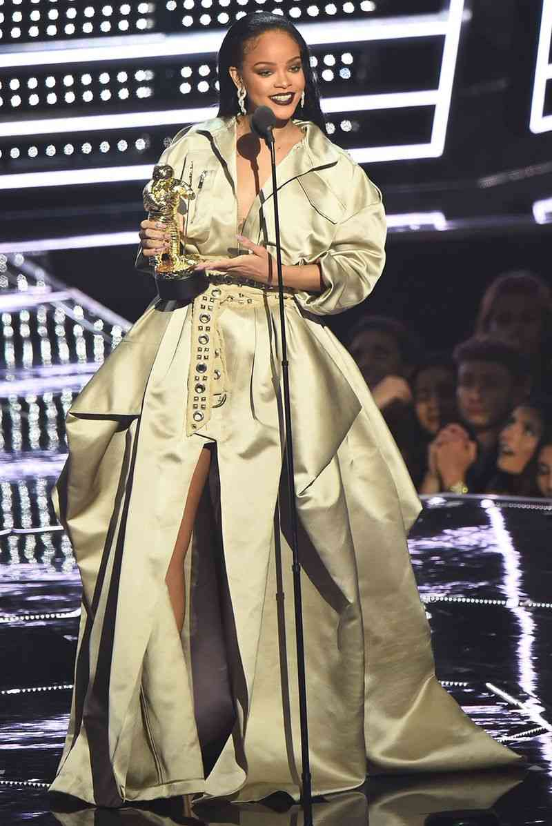 Rihanna in Hood By Hair