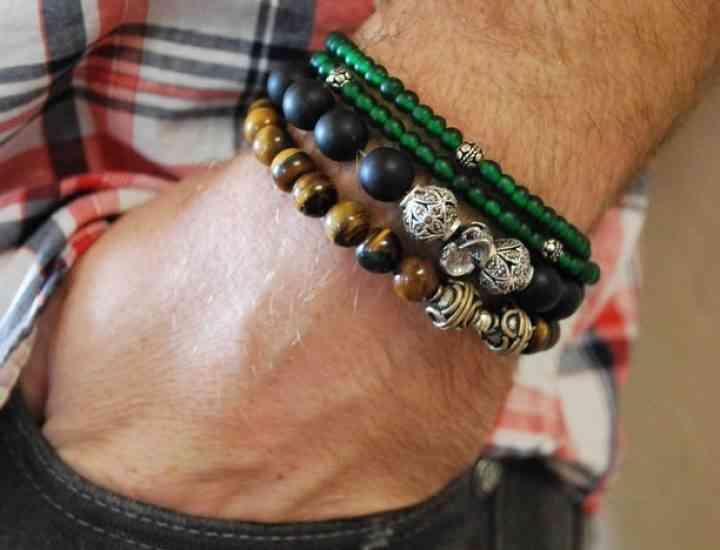 Brățările pentru bărbați, bijuterii în tendință