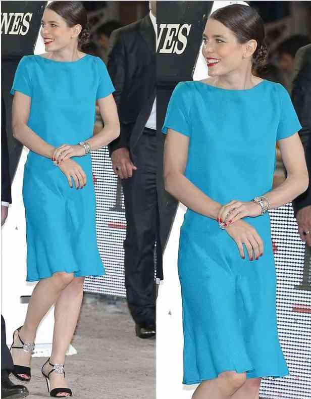 carlota casiraghi rochie albastra