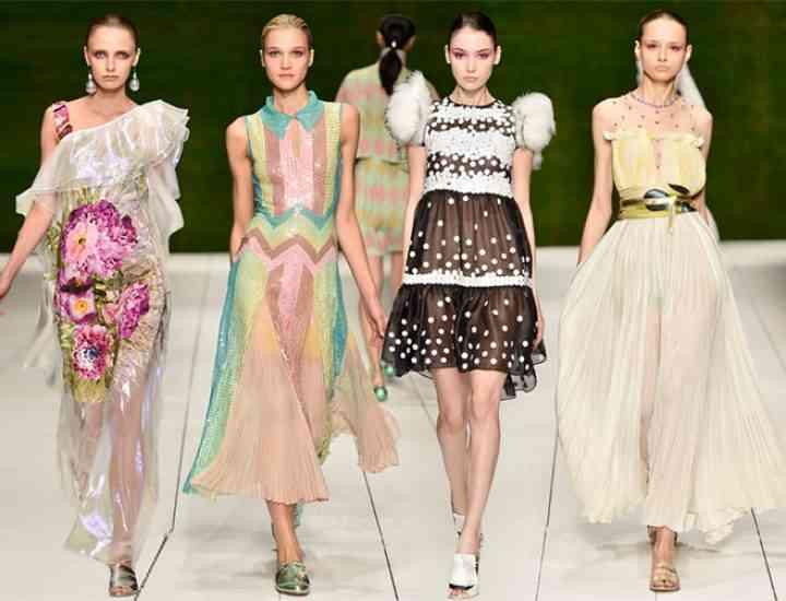 Colecția Laura Biagiotti primăvara / vara 2017 – Milano Fashion Week