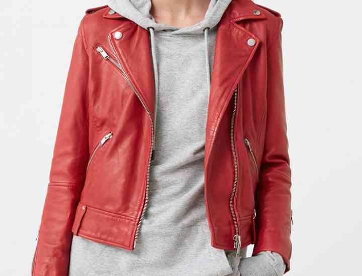 Jachete de piele pentru trecerea de la vara la toamnă