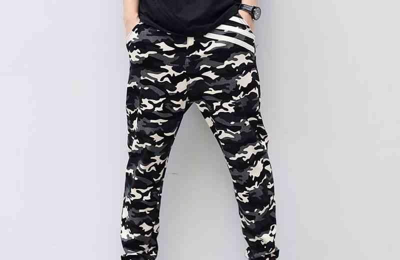 pantaloni-imprimeu-militar