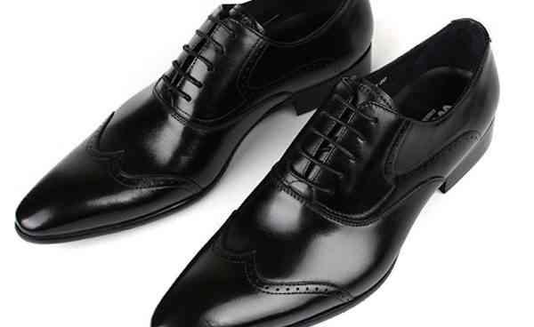 pantofi-barbati-cu-siret