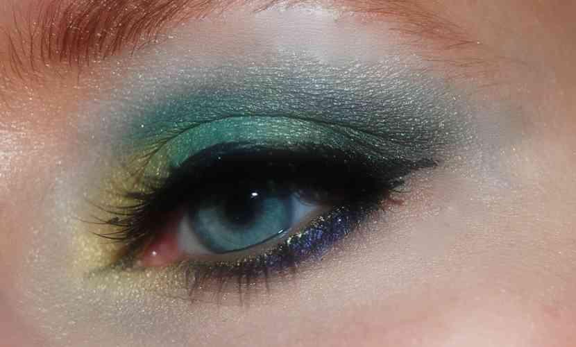 farduri-ochi-colorate