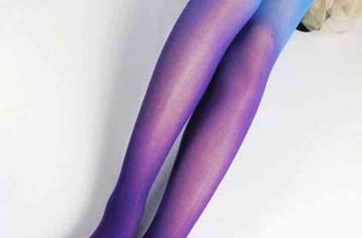 Tendințe de modă: ciorapi în degrade