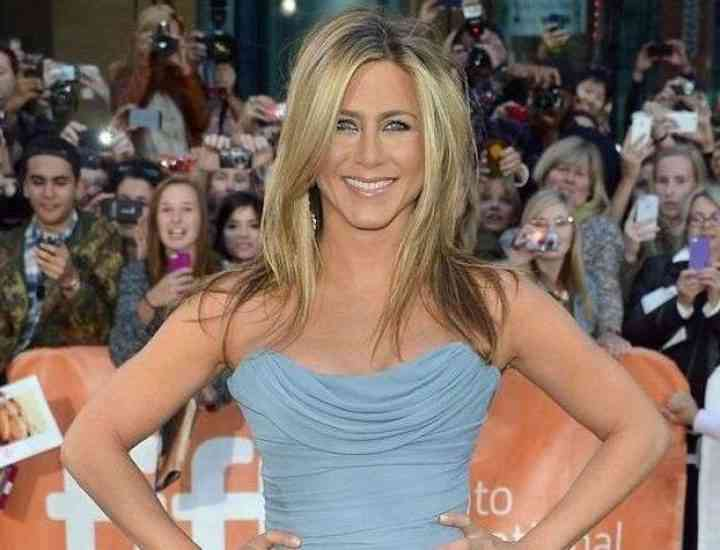 Jennifer Aniston,  unele dintre cele mai frumoase ținute
