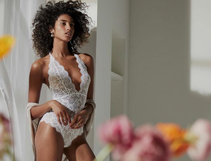 H & M lansează prima colecție de lenjerie intimă de mireasă