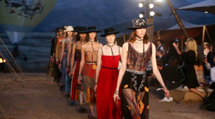 Colecția Dior Resort 2017 a fost prezentată în deșertul californian