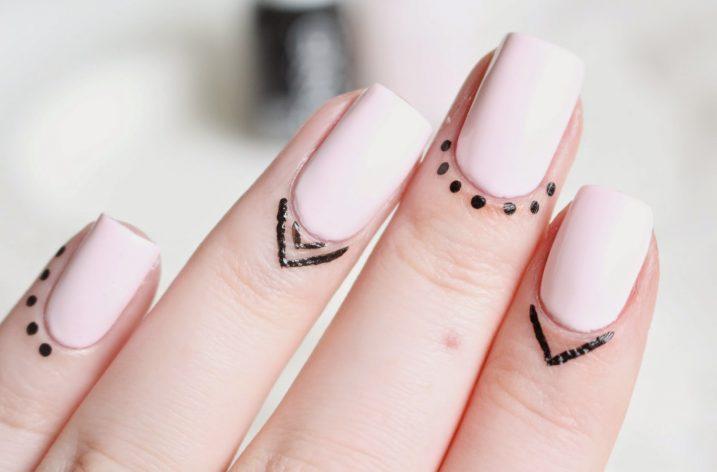 Tendinte manichiura 2017 – tatuaje pe cuticule
